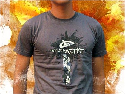 20 DeviantArt T-shirts Designs 19