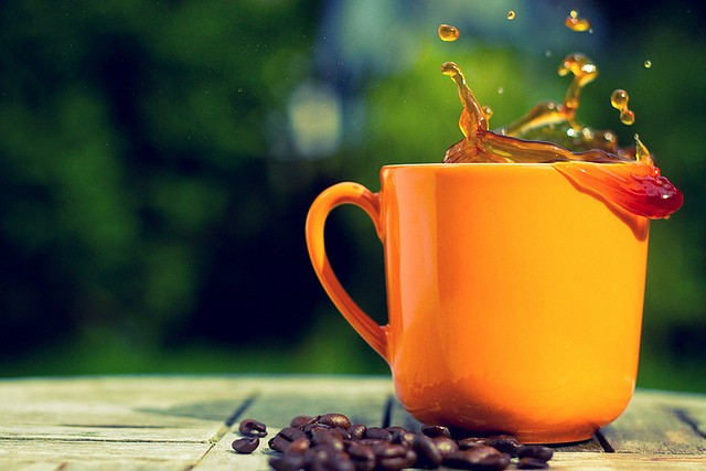 40 Stunning Coffee Splashes Pictures 35
