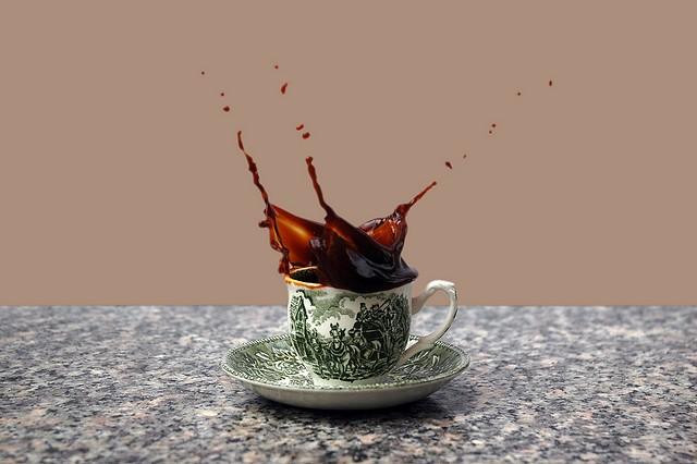 40 Stunning Coffee Splashes Pictures 37