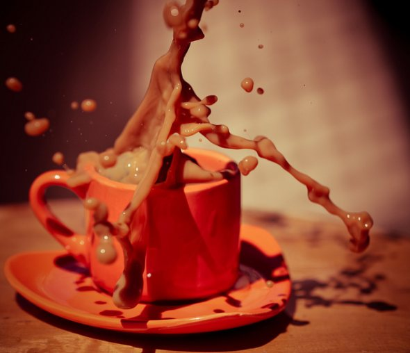 40 Stunning Coffee Splashes Pictures 7
