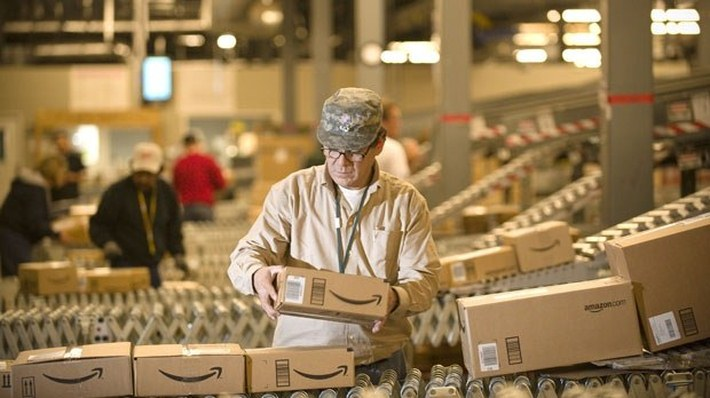 Inside Pictures of Amazon Warehouse 36