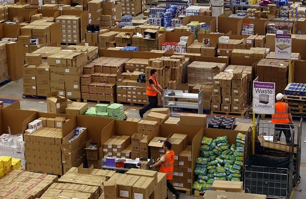 Inside Pictures of Amazon Warehouse 37