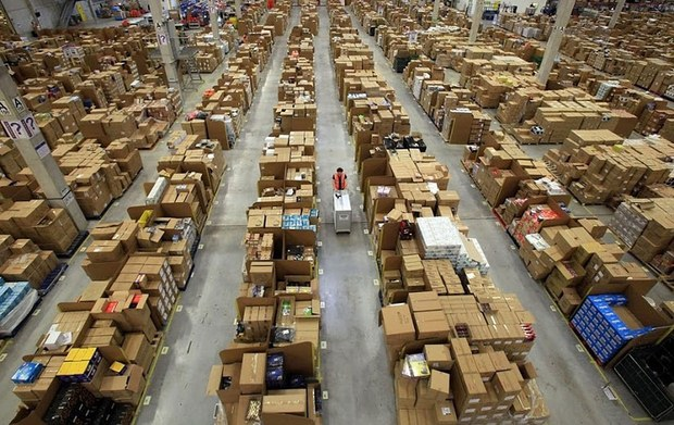 Inside Pictures of Amazon Warehouse 38