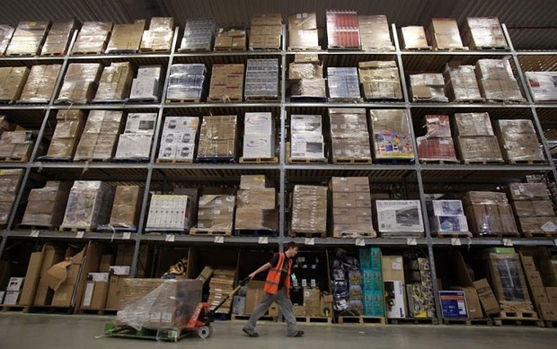 Inside Pictures of Amazon Warehouse 41