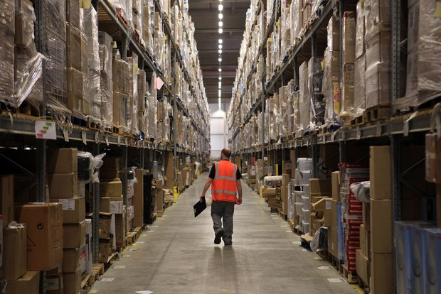 Inside Pictures of Amazon Warehouse 43