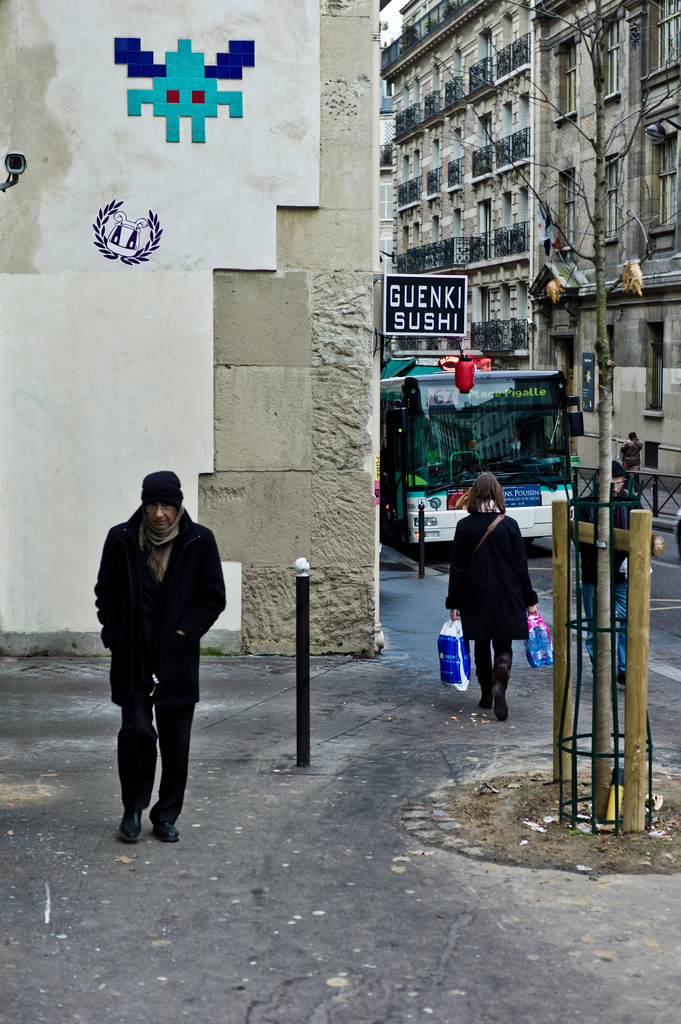 Curious Street Art From The Streets of Paris 7