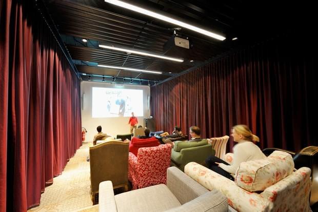 Downgraf - Imaginative Google Office of Zurich(25)