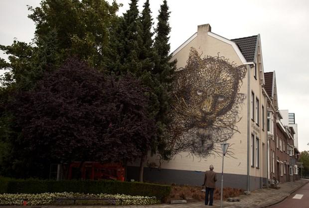 Stunning-Street-Art-by-DALeast