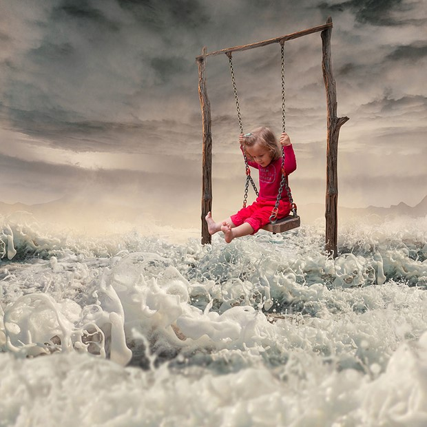 Imaginary-Surreal-Photo-Manipulation-by-Caras-Ionut