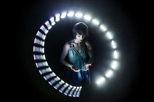 Motion-Graphics-Inspiration-LightSpin-Documentary