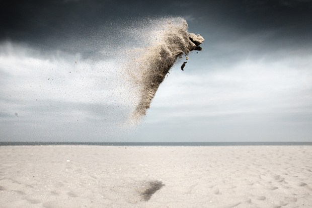 Gravity-Sand-Creatures-Photography-Inspiration