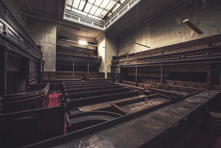 015-Terrible-Photography-of-Abandoned-Places-of-UK
