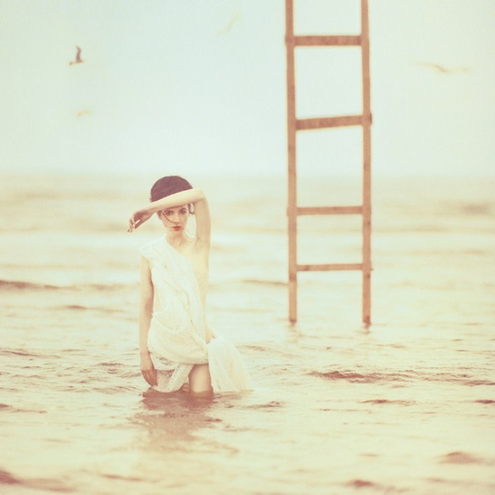 023-Stunning-Surreal-Photography-by-Oleg-Oprisco