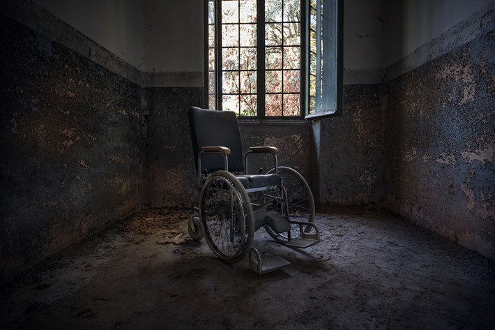 027-Terrible-Photography-of-Abandoned-Places-of-UK
