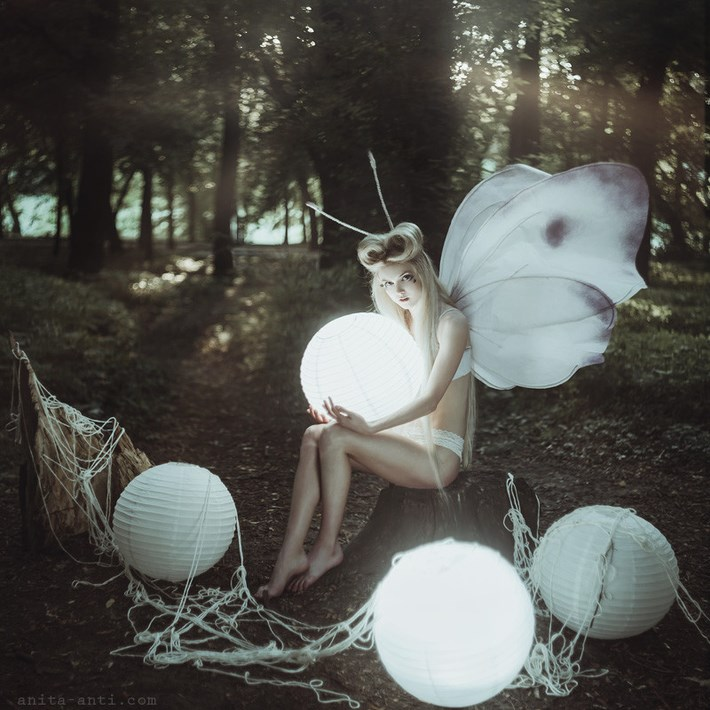 Imaginative_Portrait_Photography_by_Anita_Anti
