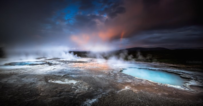 Photography_of_Highland_Geysers_in_Iceland