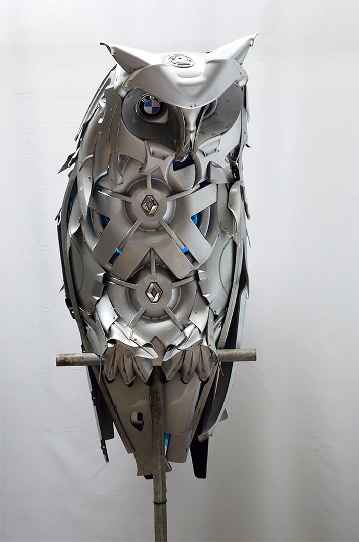 Wonderful Hubcaps Creatures