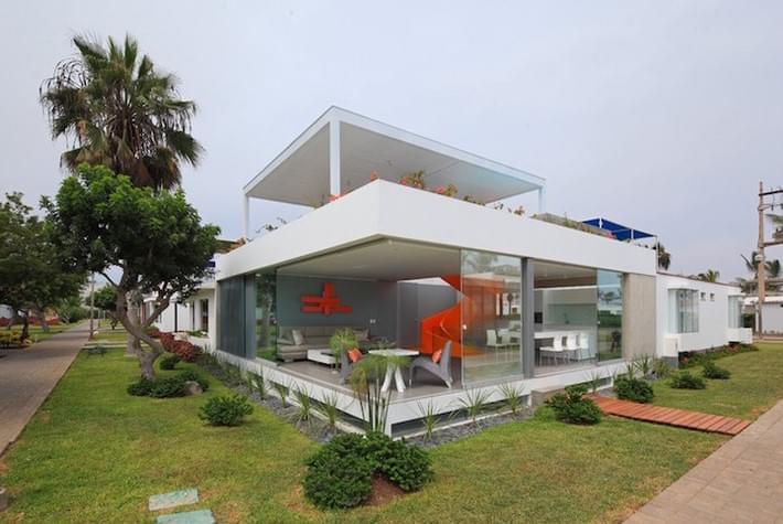 Modern-Home-Casa-Blanca-in-Lima