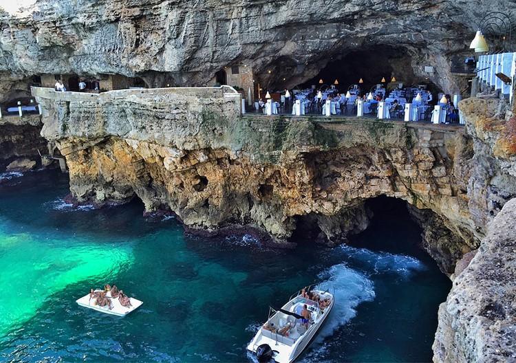 grotta-palazzese-polignano-mare