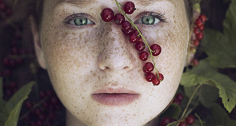 30 Beautiful Freckled Redhead Portrait Photography