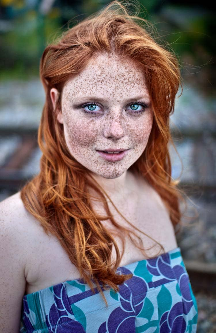Hot Women With Freckles 21