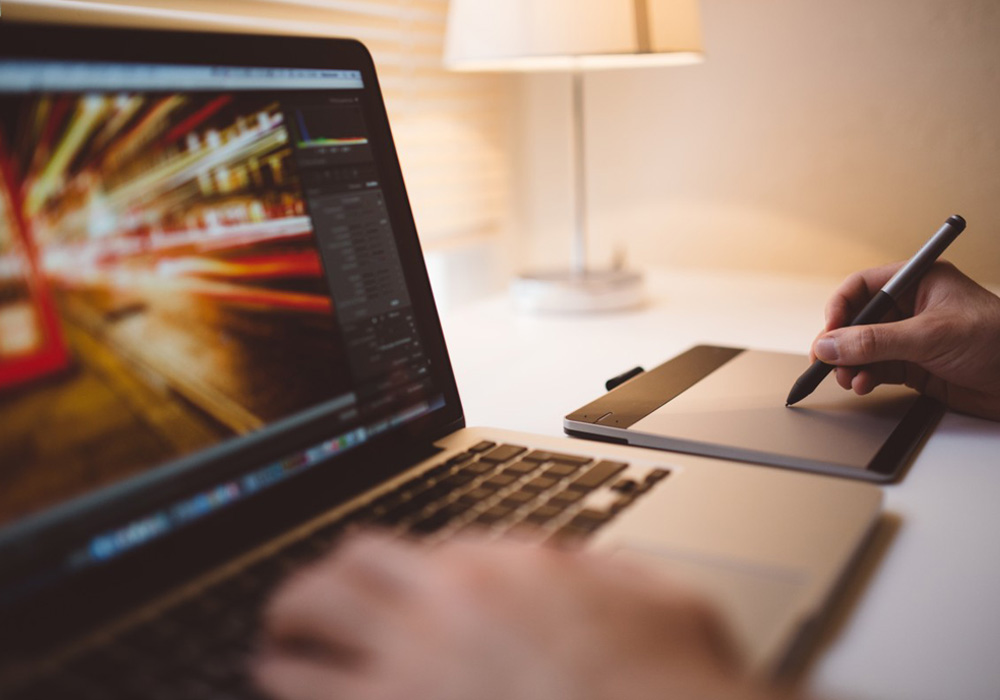 How to Succeed As a Freelance Designer 1
