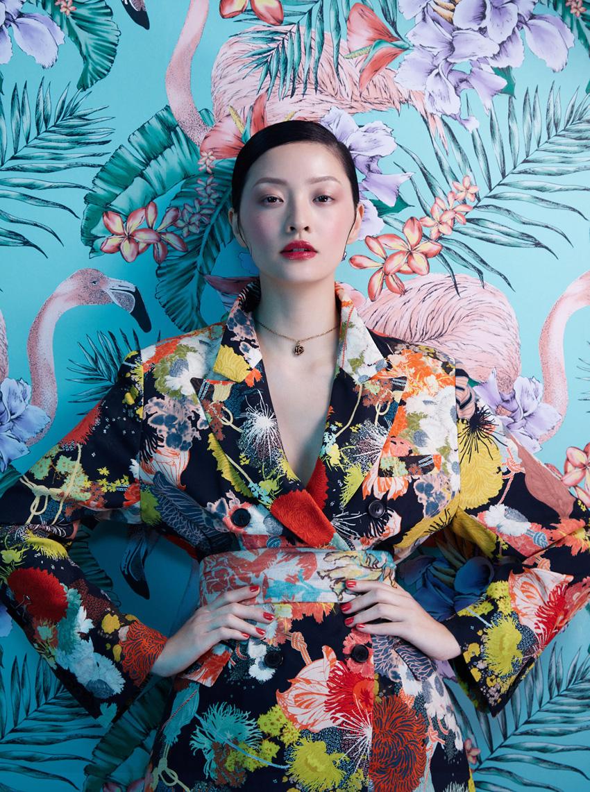 Harper's-Bazaar-Flower-Fashion-Photography
